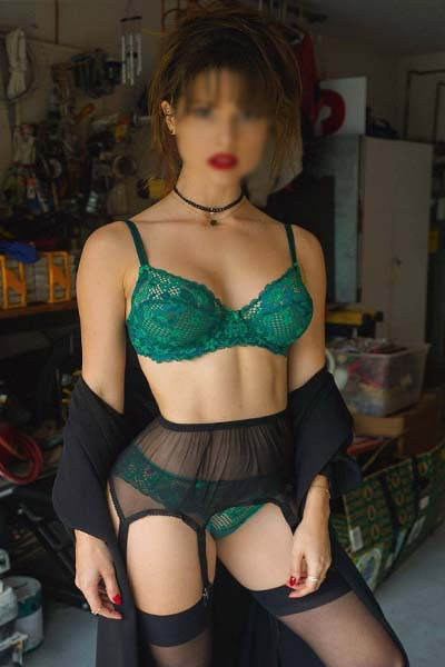 housewives escorts begumpet